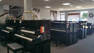 yamaha upright pianos laval