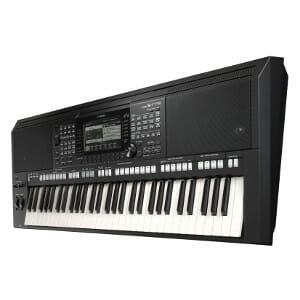 Yamaha PSR-S775