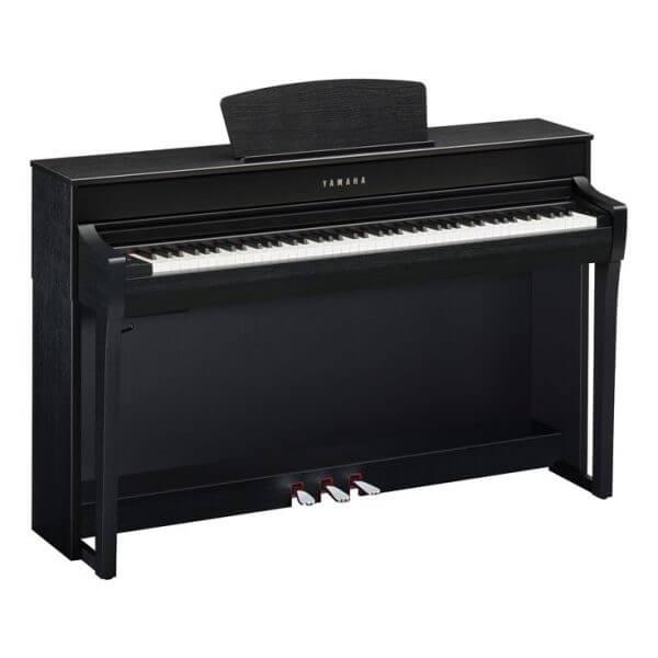 Yamaha 735 Piano